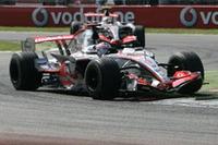 """マクラーレンにとっては敵地モンツァで初めての1-2フィニッシュ。コース外での""""雑音""""も、彼らのペースを落とすきっかけにはならず。(写真=Mercedes Benz)"""