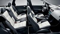 ボルボ、特別限定車「C30/S40/V50 R-DESIGN」を発売の画像