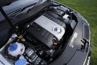 2リッターFSIターボエンジンは、前モデルの2.8リッターV6をしのぐパワーを持つ。