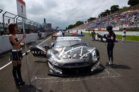 ポールポジションを獲得。静かにスタートの時を待つ、No.1 REITO MOLA GT-R。