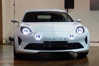 「アルピーヌ・ビジョン」。今後市販されるアルピーヌ車を示唆するコンセプトモデルである。