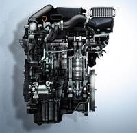 「アルト ワークス」に搭載される0.66リッター直3インタークーラーターボエンジン。ベースとなった「ターボRS」のエンジンより、最大トルクが0.2kgm向上している。