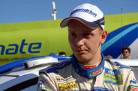 グロンホルムのチームメイト、ミッコ・ヒルボネンは3位でフィニッシュ。