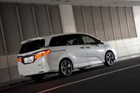 ホンダ・オデッセイ ハイブリッド アブソルート Honda SENSING EXパッケージ(7人乗り)