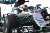 予選までは完璧だったメルセデスのハミルトン(写真)。イタリアGP3年連続のポールポジションから同地での4勝目を狙ったが、スタートでホイールスピンし一気に6位まで後退。その後はメルセデスのマシンの優位性にも助けられ、ライバルより1回少ない1ストップ作戦をこなして2位まで挽回してみせた。(Photo=Mercedes)