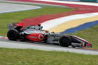 開幕戦オーストラリアGPの失格騒動だけが取りざたされた感のあるマクラーレン。ルイス・ハミルトンは7位に入賞したものの、コース上では特筆すべきことなく終わった。(写真=Mercedes Benz)
