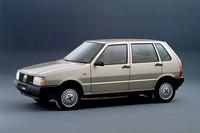 1983年「フィアット・ウーノ」イタリア仕様。