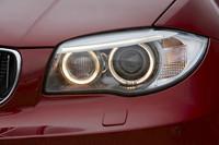 LEDライトエレメントが追加された新デザインのヘッドライト。
