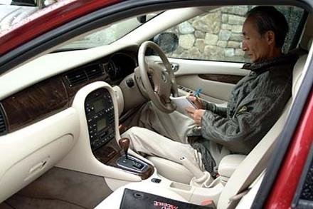 ジャガーXタイプ2.5 V6 SE(5AT)【試乗記】