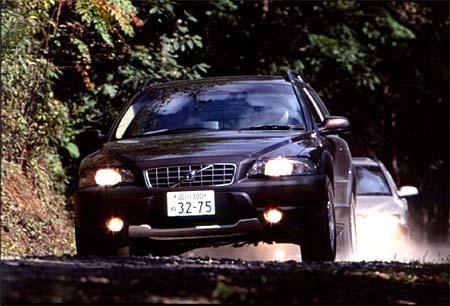 ボルボ・クロスカントリー2.4T(5AT)【ロードインプレッション】