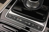 トランスミッションとエンジンなどを統合制御するジャガードライブコントロールは「ノーマル」モードで乗ることが多い。「エコ」を多用したら、どれくらい燃費が改善されるのか? 近々テストしてみるつもり。