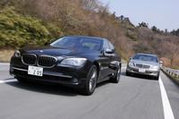 同伴車その1は、メルセデス・ベンツS550 4マチック(車両価格=1388万円)