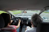 日産の先進技術を体験(前編)2010年発売の電気自動車(EV)実験車両にチョイ乗りしたの画像