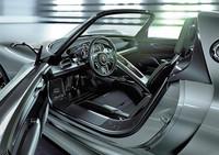ポルシェ、HVスポーツ「918スパイダー」発表【ジュネーブショー2010】の画像