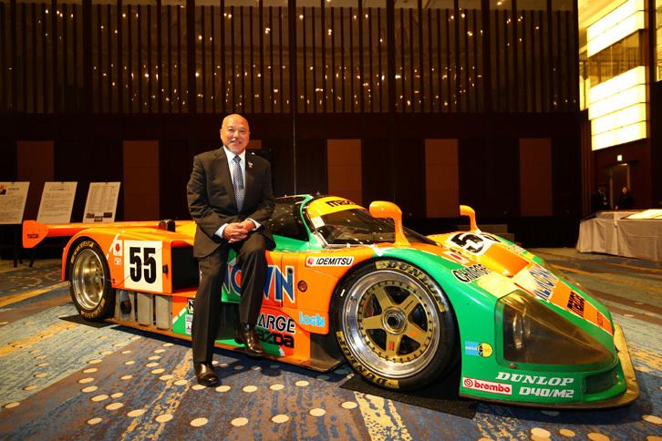 1965年に「ホンダS600」でレースに出場して以来、レーシングドライバーとして活動を続けている寺田陽次郎氏。最近では2013年に「マツダ6(日本名:アテンザ)」を駆って米グランダムシリーズに出場。第7戦のワトキンスグレンでクラス優勝を果たしている。