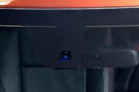 三菱、予防安全技術「e-Assist」を開発