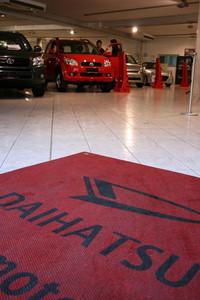 ボクの街のオペル販売店はずいぶん前にトヨタ販売店となり、現在はダイハツと韓国のサンヨン自動車を併売している。