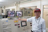 技術センターには、「転がり抵抗試験機」の国内で唯一となる基準機がある。
