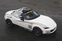 ワンメイクレース用の競技車両「GLOBAL MX-5 CUP仕様車」。