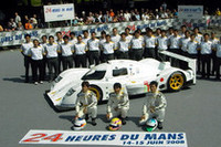 童夢は日本人ドライバー3選手を揃えてニューマシンDOME JUDD S102で参戦。