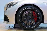 「C63 S」のフロントタイヤ。