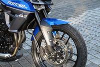 「タイガー800XCx」の前輪まわり。サスペンションはWP製、ブレーキはNISSIN製となる。