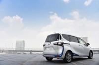 トヨタ車のラインナップにおいて、最もコンパクトなミニバンとなる「シエンタ」。2015年7月9日に2代目が発売された。