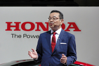 ホンダのブランドスローガン「The Power of Dreams」について解説する八郷社長。