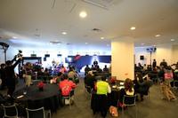 イベントに先立って行われた開会式の様子。今回のイベントには22台の「コルベット」が参加した。