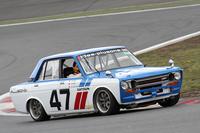 日本のクラシックカーレースに参戦している、BREのカラーリングに倣った「510ブルーバード」。これは4ドアの「SSS」がベースだが、SCCA(スポーツカー・クラブ・オブ・アメリカ)のトランザム2.5シリーズで、1971年、72年と2年連続で王座に輝いた本家BREのマシンは、北米では人気があったが、日本では廉価グレードのみだった2ドアセダンがベースだった。