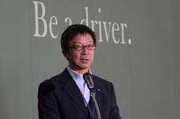 イベントの冒頭でスピーチに立つ、商品本部の山口宗則氏。