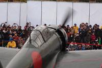 1943年製の機体は、入念なレストアを施されているとはいえ、実に69年モノ。日に3回行われたアイドリングのデモンストレーションも、エンジンへの気遣いから1回あたり10分に制限された。