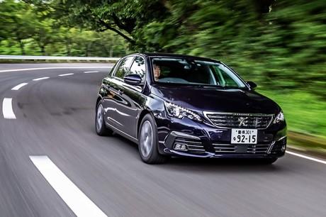 パワートレインが刷新されたプジョーの主力モデル「308」。見た目や最高出力、最大トルクの数値に変更はな...