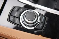 BMW750i(FR/6AT)【試乗速報(後編)】の画像