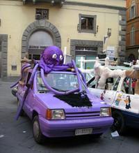 「セアト・マルベーリャ」の改造車。