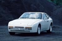 実は、一時期ホントに次期マイカーとして「ポルシェ944ターボ」を考えていたことがありました……。読者諸兄姉には説明不要のことだろうけれど、「日産スカイライン」や「トヨタ・スープラ」「マツダRX-7」など、往年の国産スポーツモデルのベンチマークとなった名車である。