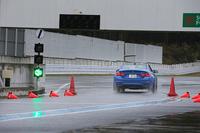 【スペック】BMW M4:ボディーサイズ:全長×全幅×高=4685×1870×1385mm/ホイールベース=2810mm/車重=1610kg/駆動方式:FR/3リッター直6 DOHC 24バルブ ツインターボ(431ps/7300rpm、56.1kgm/1850-5500rpm)