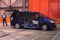 【Movie】「マークX」&「ステップワゴン」がグシャッ! JNCAP公開衝突試験映像の画像