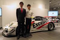Porsche Team KTRの武田敏明監督代行(左)と山下健太選手(右)。