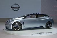 東京モーターショーで世界初公開された電気自動車のコンセプトカー「IDSコンセプト」。