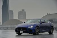 3代目となる新型「マセラティ・ギブリ」は、過去2代の2ドアモデルとは異なる4ドアサルーンとして、2013年4月の上海モーターショーでデビューした。