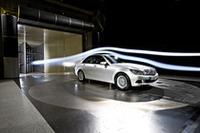 独メルセデス・ベンツが低燃費化したCクラスを発表の画像
