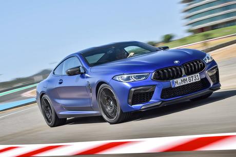 20年ぶりに復活したBMWの最上級スペシャルティーモデルをベースに、BMW M社がさらなるパフォーマンスアップ...