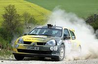 スーパー1600など、ラリーのジュニアカテゴリーでは「クリオ」(日本名ルーテシア)が健闘しているが、「WRCへのステップアップはない」という。
