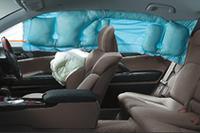 トヨタが「サイド&カーテンシールドエアバッグ」を全車標準装備の画像