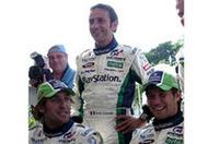 フレンチドライバーが揃う。左から、フランク・モンタニー、エリック・コマス、そしてWRCチャンピオンのセバスチャン・ロウブ。