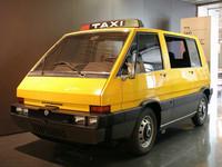 G.ジウジアーロによる1976年「アルファ・ロメオ ニューヨークタクシー」。