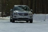 重量級SUVのようなマスの大きさは感じず、雪道でも軽快に走れた。