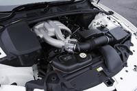 エンジンは、3リッターNA(243ps)のほか、4.2リッターNA(304ps)、4.2リッターSC(426ps)の全3タイプが用意される。