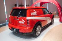 発表会場にはプーマとのコラボレーションモデルも展示されていた。